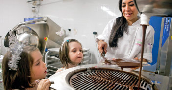 Tache Chocolate - Aditi's Adorable Apprentice Angels